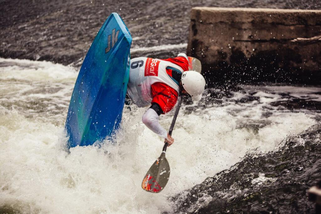 ffc-kayak-freestyle